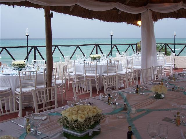 Blue Parrot Wedding Reception Set Up