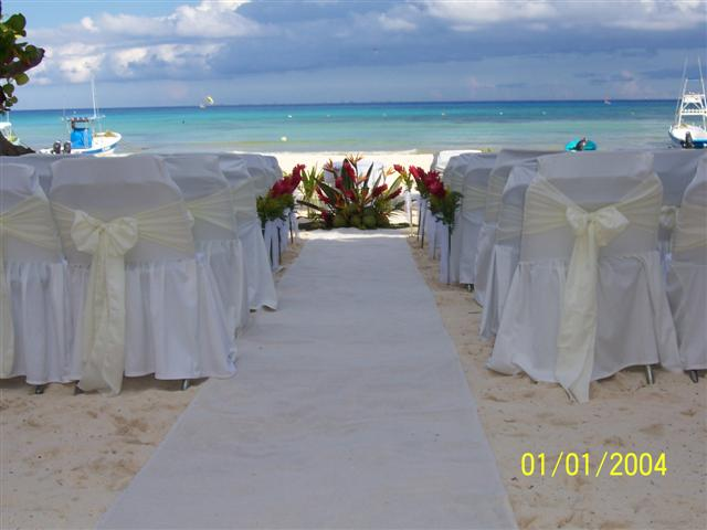 Blue Parrot Ceremony Beach Set Up C